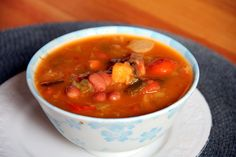Protein and Fiber-Rich Veggie Bean Soup - Glow Kitchen Healthy Soups, Healthy Recipes, Recipes With Few Ingredients, Vegan Soup, Chilis, Chowders, Soup And Salad, Chana Masala, Stew