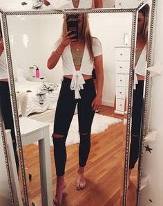 Super Spring Outfits To Summer Fashion That Always Looks FantasticYou can find Going out outfits for college and more on. Cute Summer Outfits, Cute Casual Outfits, Fall Outfits, Dress Outfits, Tube Top Outfits, Spring Outfits For School, Spring School, 30 Outfits, Spring Summer