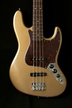 Riggio Custom Guitars Vintage Classic Series Juliet Bass Aged Shoreline Gold