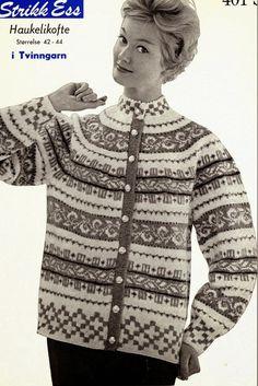 Ravelry: Retro Free Cardigan Haukelikofte pattern by Liv Tovsland Nordic Sweater, Men Sweater, Knitting Patterns Free, Free Knitting, Knitting Machine, Norwegian Knitting, Dere, Fair Isle Knitting, Fair Isles