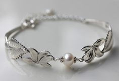 Bangles, Bracelets, Diy And Crafts, Jewelry Making, How To Make, Silver, Spoons, Skating, Flatware