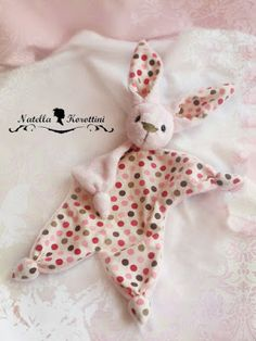 Free pattern for a bunny blankie (in Russian)
