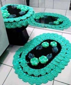 Set of 3 pieces for bathroom wool hook handmade carpet decoration Crochet Doily Rug, Crochet Carpet, Crochet Home, Thread Crochet, Crochet Flowers, Free Crochet, Knit Crochet, Bathroom Crafts, Bathroom Sets