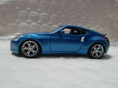 Maisto Special Edition 2009 Nissan 370 Z 1:24 G scale