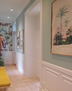 Even in the most common places you can let your personality shine through find your hallway decor in Hallway Wall Colors, Hallway Ideas, Narrow Hallway Decorating, Colour Architecture, Interior Architecture, Girl Bedroom Designs, Living Room Colors, Home Decor Furniture, Living Room Interior