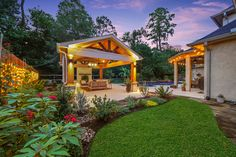 Texas style beautiful cabana built by Backyard-Retreat.com (281) 485-8483