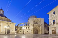Valencia Photograph - Valencia Cathedral At Dawn. Gothic by Rob Tilley