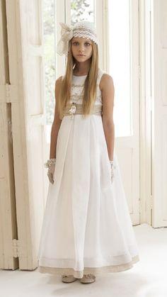 Vestido de comunión Laura. Trajes de comunion#Vestidos de comunion#Moda… …