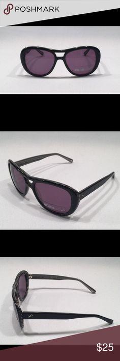 Women's William Rast Sunglasses Women's William Rast Black and Gray Sunglasses Brand New Never Worn WRS2027 William Rast Accessories Sunglasses