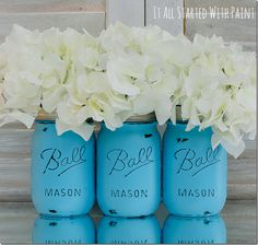 Find out how to make these distressed Mason Jars!