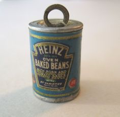VINTAGE Tin Can HEINZ OVEN BAKED BEANS Metal Charm 1939 NY World's Fair New York in Collectibles, Advertising, Merchandise & Memorabilia | eBay