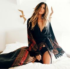 Hippie black and red robe kimono