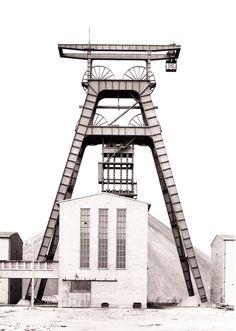 Bernd & Hilla Becher   Winding Tower [Fosse Noeux, no.13, Nord, France 1972].