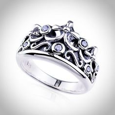 A designer engagement ring for someone special..!!  #engagementring  #ring  #jewelexi  #jewelry