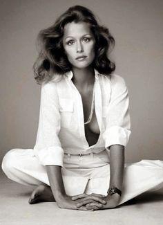 Lauren Hutton-the first true supermodel not that ugly ass Janice Dickinson!