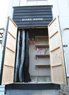 Board house