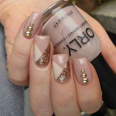 Nude & gold nails