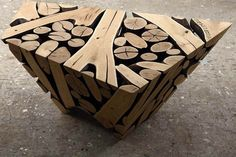 Beautiful Wood Sculptures Crafted from Discarded Tree Trunks and Branches Wood Projects, Woodworking Projects, Wood Furniture, Furniture Design, Deco Nature, Tree Trunks, Land Art, Wood Sculpture, Wood Veneer
