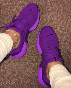 Cute Sneakers Shoes Sneakers Air Max Sneakers Hot Shoes Adidas Sneakers Look Com Tenis Nike Air Vapormax Sneaker Boots Nike Shox Sneakers Mode, Cute Sneakers, Sneakers Fashion, Shoes Sneakers, Dsw Shoes, Sneaker Heels, Shoes Sandals, Adidas Sneakers, Fashion Outfits