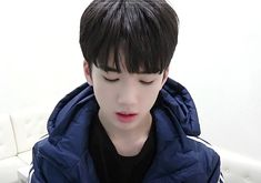 #hayoonbin #treasure13 #magnum I Have Forgotten, Pop Bands, Treasure Boxes, Cute Gay, Going Crazy, Pop Group, Cute Wallpapers, Poses, People