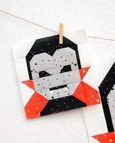 Halloween Quilts, Halloween Quilt Patterns, Halloween Blocks, Halloween Sewing Projects, Fall Patterns, Paper Piecing Patterns, Quilt Block Patterns, Quilt Blocks, Quilt Kits