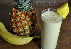 How to make healthy smoothies. Post Workout Pina Colada --- pineapple, banana, coconut milk, vanilla protein powder, green tea, ice. YUM!
