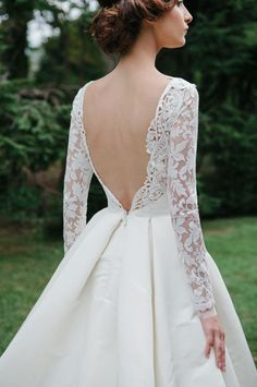 The detail for backless wedding dress | Sareh Nouri by Truly Enamoured | http://www.bridestory.com/truly-enamoured/projects/sareh-nouri
