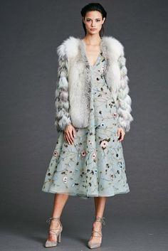Dennis Basso Autumn/Winter 2017 Pre-Fall Collection | British Vogue