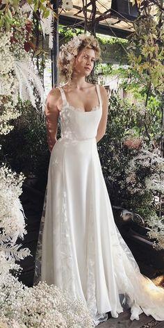 30 Simple Wedding Dresses For Elegant Brides simple wedding dresses a line square neckline boho alexandra grecco Classic Wedding Dress, Dream Wedding Dresses, Bridal Dresses, Wedding Gowns, Wedding Cakes, Looks Hippie, Elegant Bride, Simple Weddings, Wedding Bride