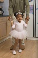 Games for a Toddler Ballet Class #dancesitesdoneright #ballet