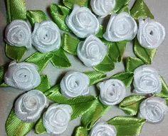 RR-112 $1.25 White Ribbon Roses