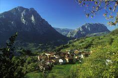 Vistas increíbles en #Quirós #Asturias #naturaleza #paisaje #verde #montañas pic.twitter.com/TGLmnLghsS