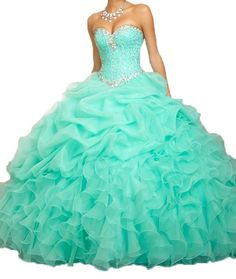 cfa4e85b54 Amazon.com  Romantic Women s Beaded Ball Gown Sweetheart Organza Quinceanera  Dresses Prom Gowns  Clothing