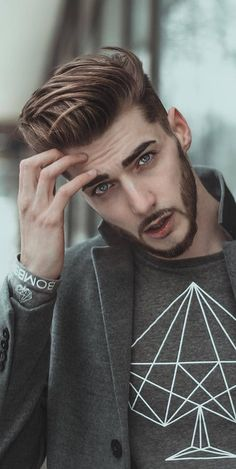 Stylish And Textured ❤️ Want to find a suitable undercut men hairstyle? Short curly undercut fade, messy cuts for long hair, modern disconnected cuts, braids with bun and lots of cool styles are here! Trendy Mens Haircuts, Cool Hairstyles For Men, Boy Hairstyles, Men Hairstyle Short, Young Men Haircuts, Trending Hairstyles For Men, Haircut Men, Short Haircuts, Beard Styles For Men
