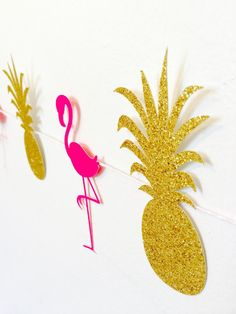 Hey, I found this really awesome Etsy listing at https://www.etsy.com/listing/241772222/pineapple-and-flamingo-garland-luau
