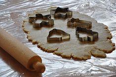 Figurine din turta dulce si martipan   Retete culinare cu Laura Sava - Cele mai bune retete pentru intreaga familie