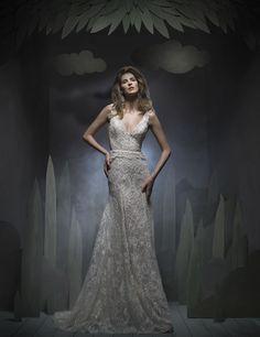 Wedding dresses CONTEMPORARY PRINCESS DIORAMA Fall 2016 Collection -