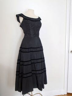 Black Party Dress with Velvet Piping, Vintage Black Gown, Size 6