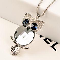 Cute necklace, like it!