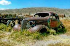 """Résultat de recherche d'images pour """"rusted old american car"""""""