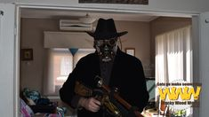Post-Apocalyptic Steampunk Mask & Steampunk Rifle