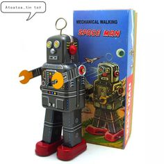 Childhood Memory Vintage Children Toys Tin Robots Wind up Toys Home Collection Retro Craft Spaceman Robot Tintoy Vintage Humor, Vintage Toys, Funny Vintage, Classic Ro, Tractors For Kids, Retro Crafts, Space Toys, Vintage Children, Children Toys