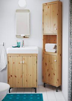 schminkstation au erhalb des bades hier u a mit godmorgon waschbeckenschrank mit 2 schubladen. Black Bedroom Furniture Sets. Home Design Ideas