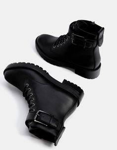 Women Boots Boys Winter Boots Trendy Black Boots Black Thigh Boots Outfit Denim Outfit With Boots Spin Shoes, Me Too Shoes, Sneakers Mode, Black Sneakers, Toddler Sneakers, Sneakers Style, Fashion Boots, Sneakers Fashion, Biker Fashion