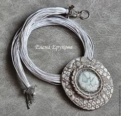 """Купить Подвеска """"Лебеди"""" - белый, серебро, полимерная глина, имитация камня, овальная подвеска"""
