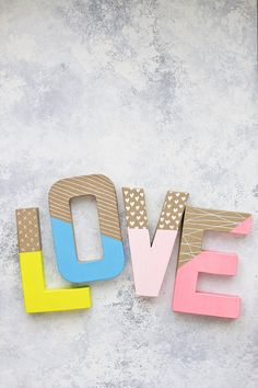 How to Make Colorful Wall Letters - Skip the expensive ones at the store! It's so easy and inexpensive to make your own wall letters! Letter Wall Decor, Kids Wall Decor, Metal Wall Decor, Decorative Letters For Wall, Metal Wall Art, Painting Wooden Letters, Diy Letters, Painted Letters, Decorated Wooden Letters