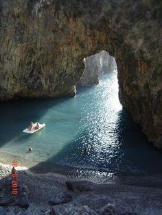 Arcomagno, Calabria, Italy    Heaven