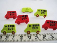 20 pcs of Red and Green  School Bus Button by buzzybeeshop on Etsy