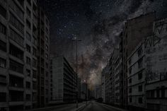 Darkened Cities, a stunning photo series by Paris-based photographer Thierry Cohen, shows major cities from around the world with zero light pollution from within and brightly lit starry skies overhead. City Sky, Dark City, Starry Night Sky, Night Skies, Thierry Cohen, Tokyo, Light Pollution, Modern Metropolis, Grid Design