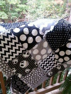 Jack Skellington rag quilt that I made :-) << Pretty neat Halloween Quilts, Halloween Crafts, Halloween Decorations, Halloween Prop, Halloween Witches, Happy Halloween, Halloween Rocks, Fall Decorations, Christmas Baby Shower